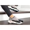 Женские кроссовки Adidas Yeezy Boost 700 V2 Static бежевые с черным