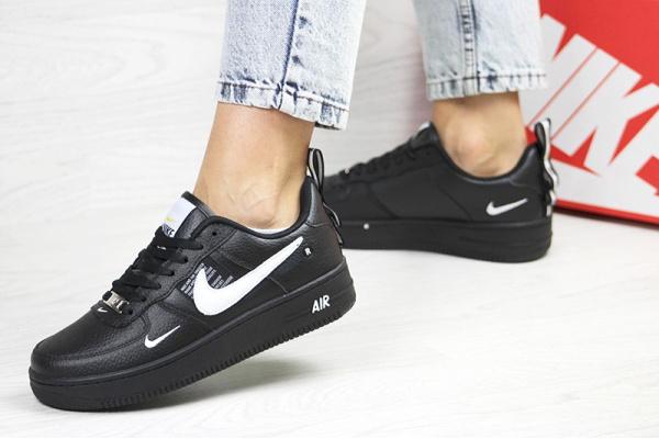 Женские кроссовки Nike Air Force 1 '07 Lv8 Utility черные