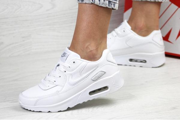 Женские кроссовки Nike Air Max 90 белые