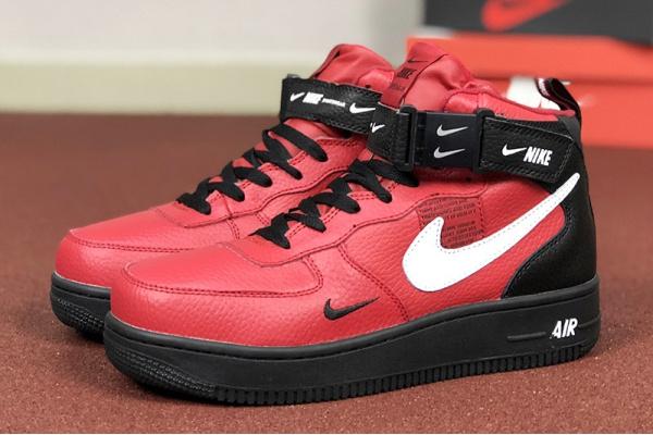 Женские высокие кроссовки на меху Nike Air Force 1 '07 Mid Lv8 Utility red/black