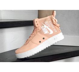 Купить Женские высокие кроссовки Nike SF Air Force 1 Mid пудровые в Украине