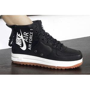 Женские высокие кроссовки Nike SF Air Force 1 Mid черные с белым