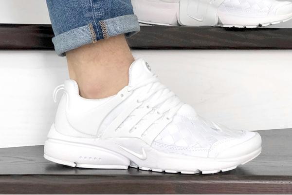Мужские кроссовки Nike Air Presto TP QS белые