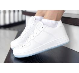 Купить Женские кроссовки Force белые