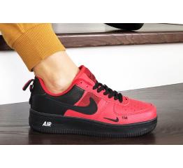 Женские кроссовки Nike Air Force 1 '07 Lv8 Utility красные с черным