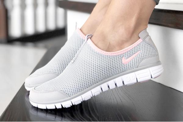 Женские кроссовки Nike Air Free Run 3.0 Slip-On светло-серые с розовым