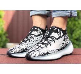 Купить Мужские кроссовки Adidas Yeezy Boost 380 белые с черным