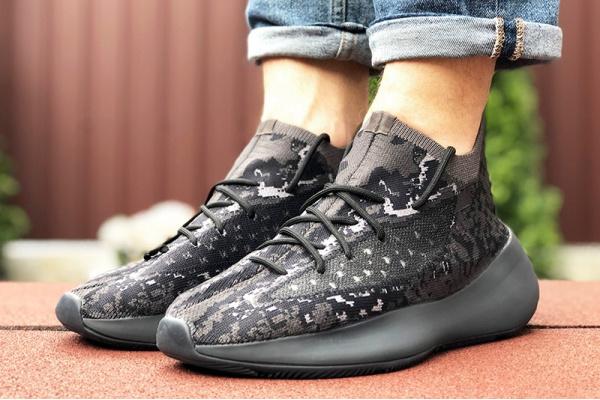 Мужские кроссовки Adidas Yeezy Boost 380 черные