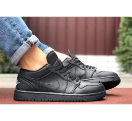 Купить Мужские кроссовки Nike Air Jordan 1 Retro Low черные