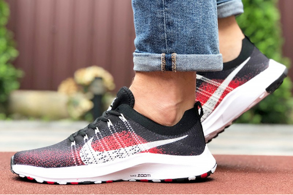Мужские кроссовки Nike Air Zoom черные с красным