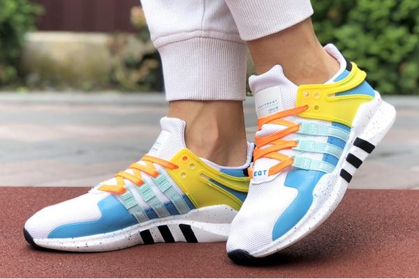 Женские кроссовки Adidas EQT Support Adv 91/17 белые с голубым и желтым
