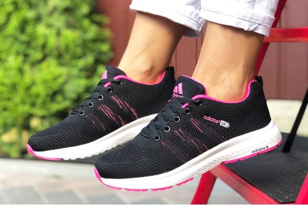 Женские кроссовки Adidas Neo черные с малиновым