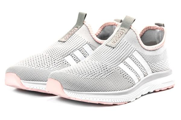 Женские кроссовки Adidas Slip-on серые с розовым