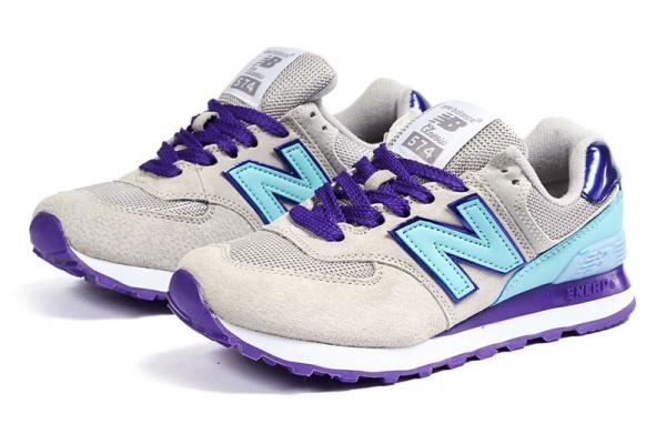 Женские кроссовки New Balance 574 бежевые с фиолетовым и голубым