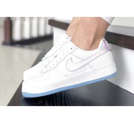 Купить Жіночі кросівки Nike Air Force 1 '07 білі