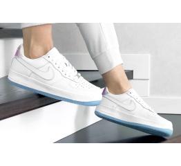 Купить Жіночі кросівки Nike Air Force 1 '07 білі в Украине