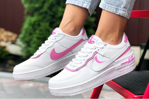 Женские кроссовки Nike Air Force 1 Shadow белые с розовым