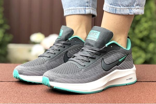 Женские кроссовки Nike Zoom Lunar 3 серые