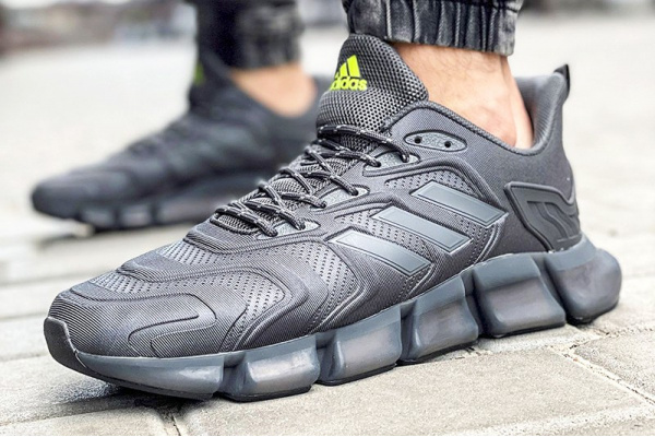 Мужские кроссовки Adidas x Pharrell Williams Climacool Vento black-neon