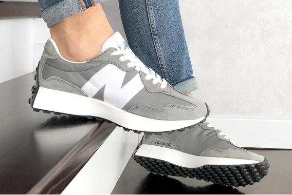 Мужские кроссовки New Balance 327 серые с белым