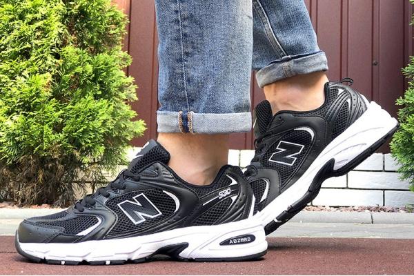 Мужские кроссовки New Balance 530 черные с белым