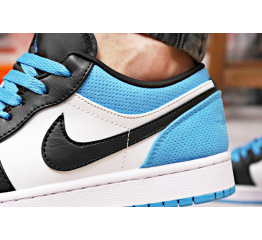 Купить Чоловічі кросівки Nike Air Jordan 1 Retro Low OG білі з чорним и годубым в Украине