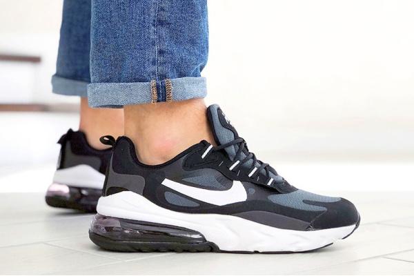 Мужские кроссовки Nike Air Max 270 React серые с черным
