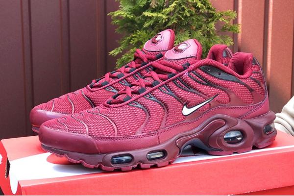 Мужские кроссовки Nike Air Max Plus TN бордовые