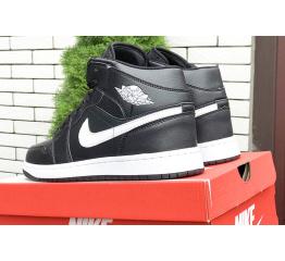 Купить Чоловічі високі кросівки Nike Air Jordan 1 Retro High OG чорні з білим в Украине