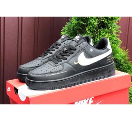 Купить Жіночі кросівки Nike Air Force 1 Low 07 LE Starfish чорні з білим