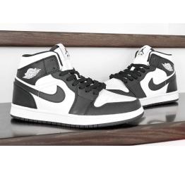 Купить Женские высокие кроссовки Nike Air Jordan 1 Retro High OG черные с белым