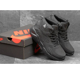 Купить Мужские высокие кроссовки на меху Nike Air Huarache ACG черные в Украине